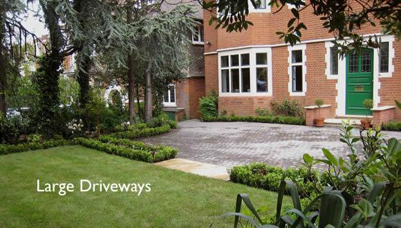e1-large-driveway-low-box-hedging-garden-designbanner